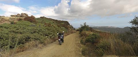 A nice panorama along West Camino Cielo